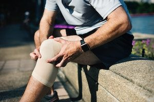 Your Physio or osteo will be able to oversee your rehabiliation and return to sport from an MCL Injury