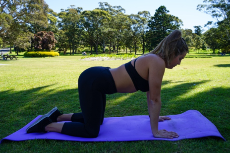 Physio Tenae demonstrates finding  neutral spine extension