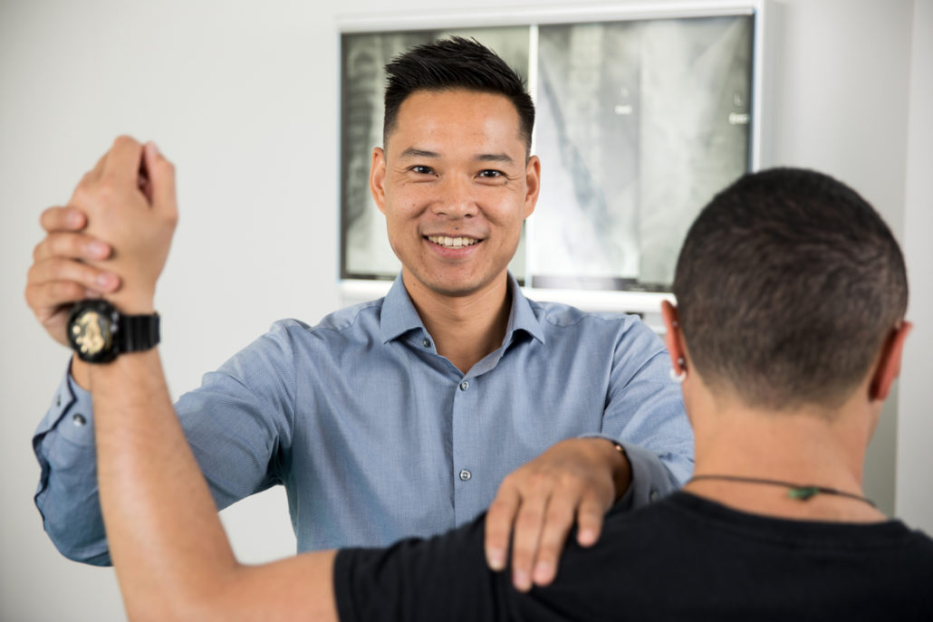 Osteopath Wynyard with Dr Marcus Ng shoulder assessment