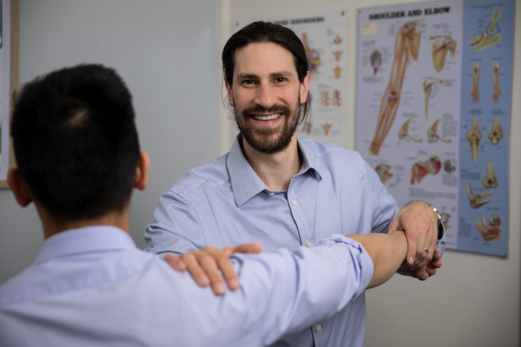 Barangaroo Physiotherapy with Dr Domenic Simeoni shoulder assessment